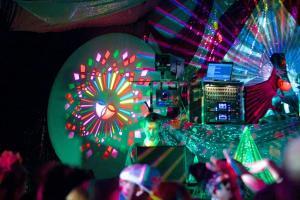 Whirl-y-Gig Jacks (14) Summer Celebration 2014